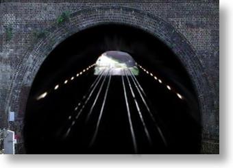 licht-aan-het-eind-van-Tunnel-340x245.jpg